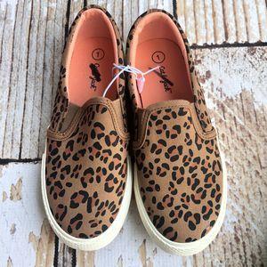 NWOT Cat & Jack leopard slip ons